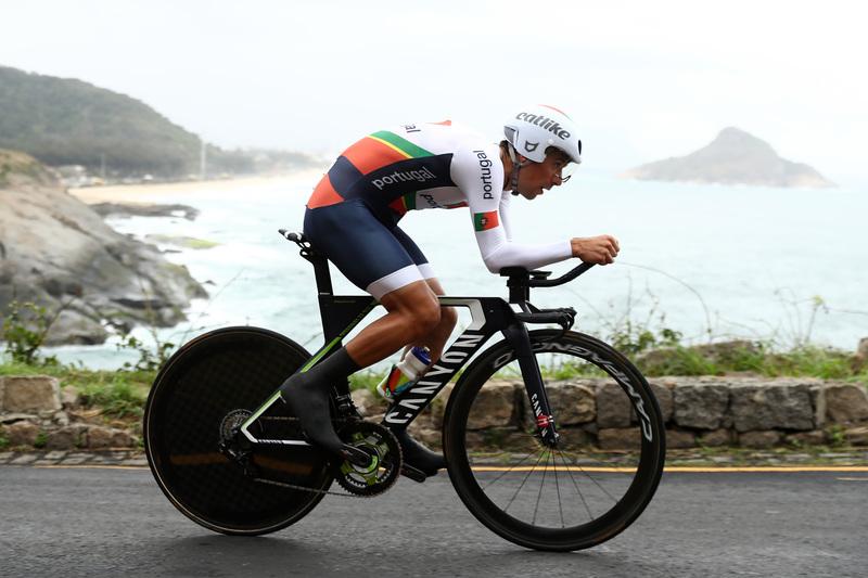 Nelson Oliveira estrea-se na prova