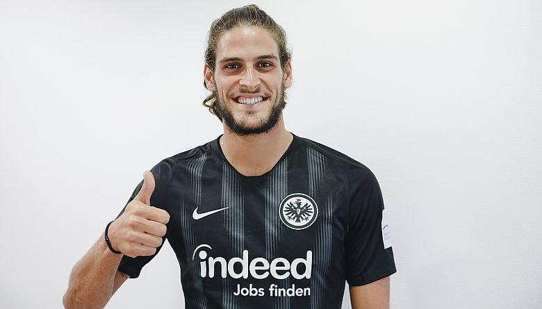 Mönchengladbach empata a atrasa-se na perseguição aos dois primeiros da Bundesliga