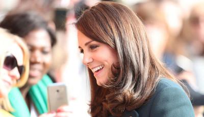 Duquesa de Cambridge: grávida, elegante e sempre na moda