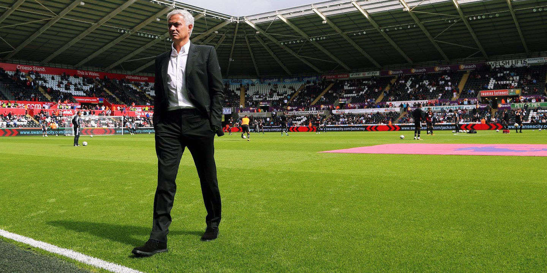 """José Mourinho: """"Não estou a pensar no Manchester City porque eles estão a ganhar"""""""