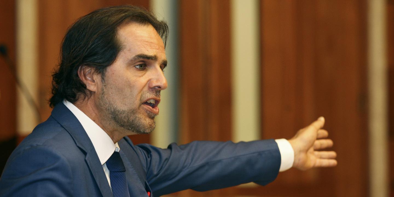 """Miguel Albuquerque diz que Madeira não aceita """"imposições injustas"""" de Lisboa"""