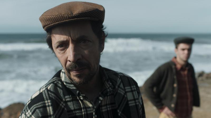 """""""Terra Nova"""" atraca hoje na RTP1: conheça a série portuguesa que viaja até à costa e aos anos 1930"""