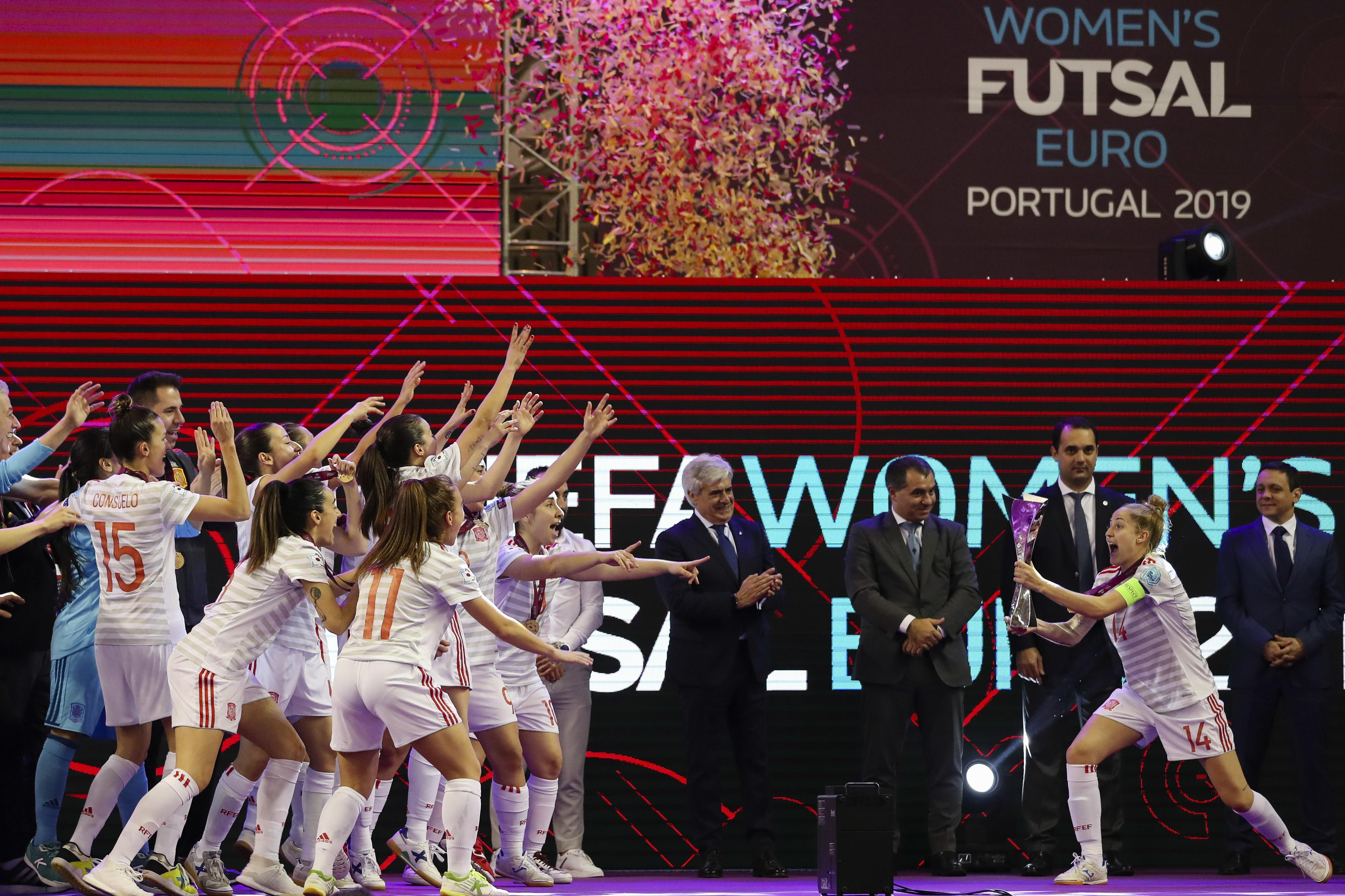 Desilusão portuguesa na festa espanhola: As imagens da final do Euro de futsal feminino
