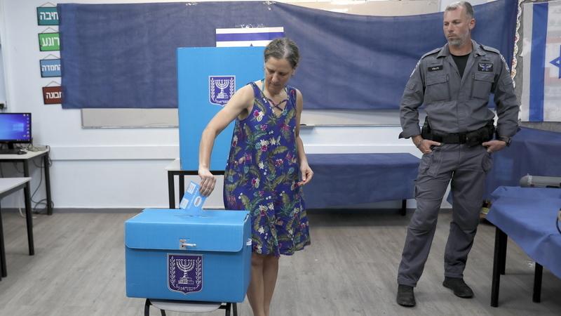 Empate técnico entre Netanyahu e Gantz nas eleições em Israel