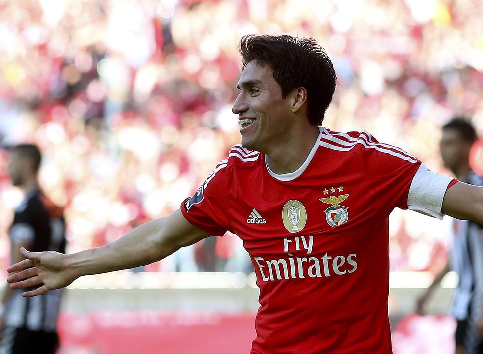 Italianos dizem que Gaitán pode regressar ao Benfica