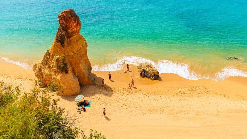 Há três destinos portugueses entre os mais seguros da Europa para viagens pós-coronavírus