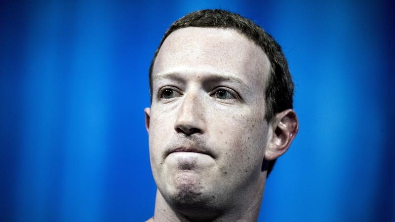 Zuckerberg no centro de uma polémica pela negação do Holocausto