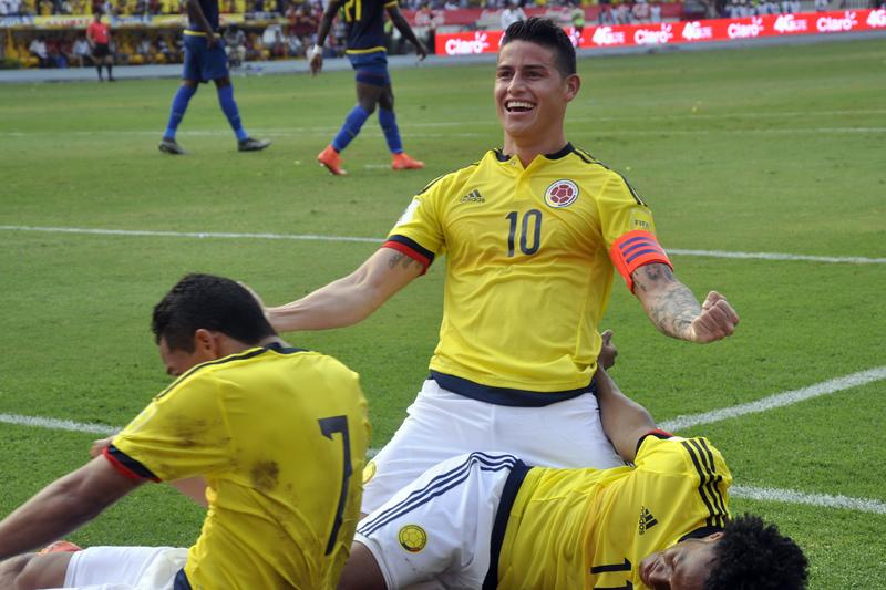 Colômbia vence Bolívia com golo de James e salta do 6.º para o 3.º lugar