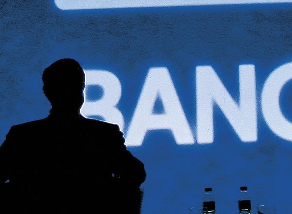 Ajuda externa: Bancos vão cortar para metade malparado até 2021