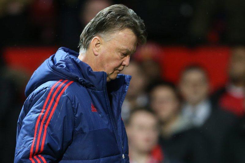 """Van Gaal explode com jornalista e diz que chegada de Mourinho é """"invenção"""""""