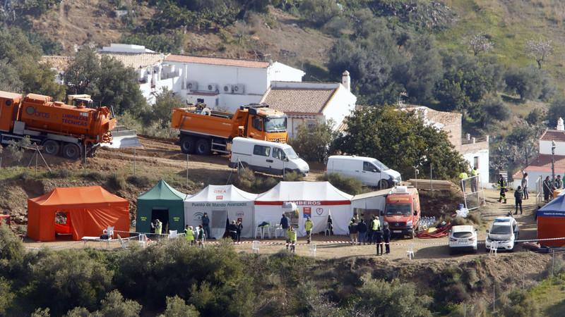 Suspense em Málaga: Trabalhos continuam para chegar ao menino