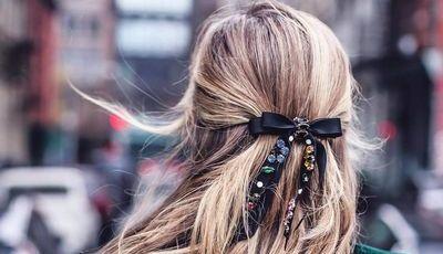 Este Inverno, os laços no cabelo estão de volta (nós mostramos-lhe os mais giros)