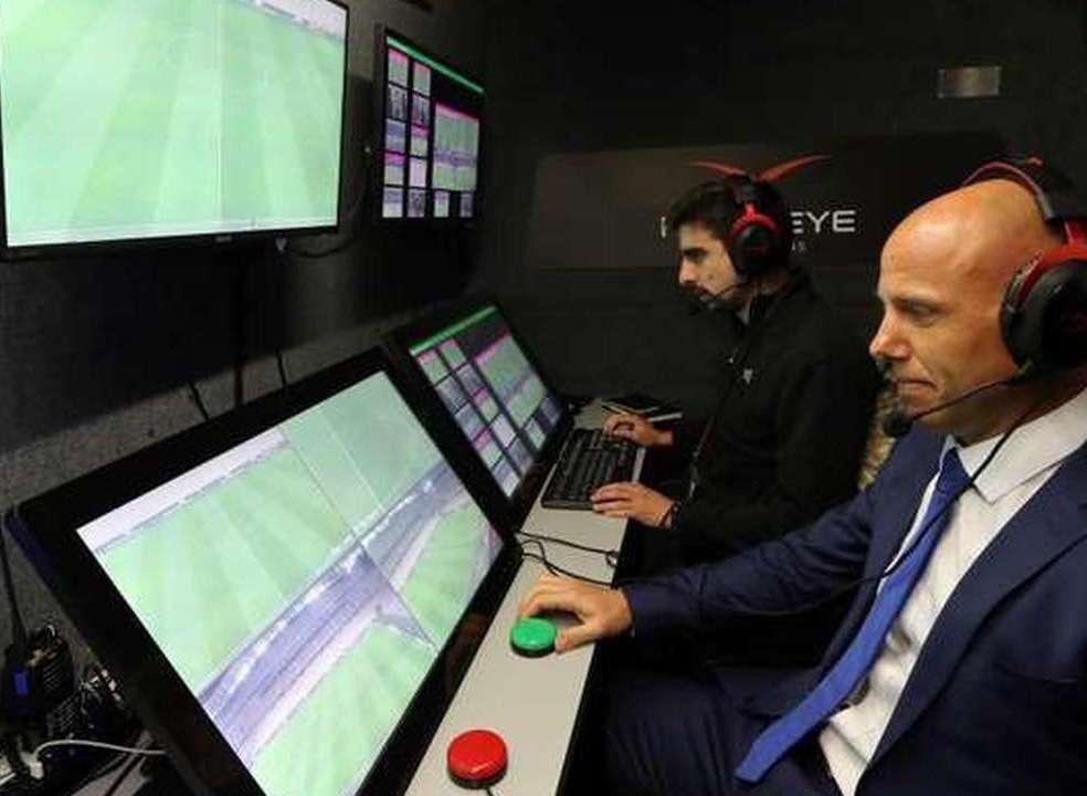 FIFA aprova vídeo-árbitro no Mundial2018
