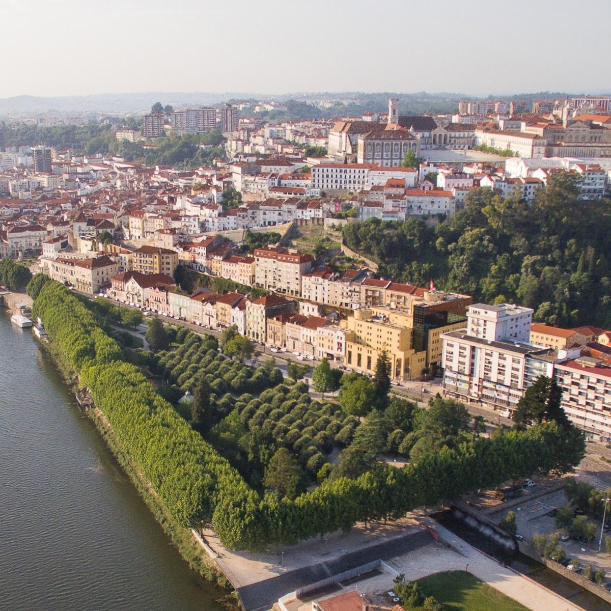 Tempestade Leslie. Alunos exigem solução para edifício do Departamento de Arquitetura em Coimbra