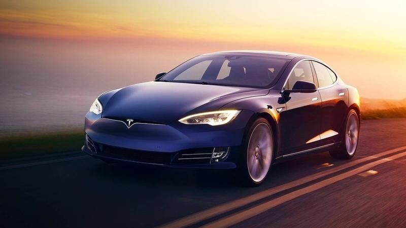 Ensaio Tesla Model S 100D: o pecado mora ao lado
