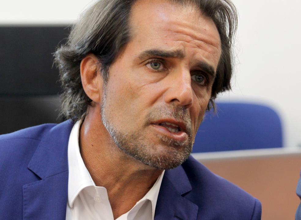 Presidente do Governo Regional da Madeira quer corredor humanitário para emigrantes portugueses