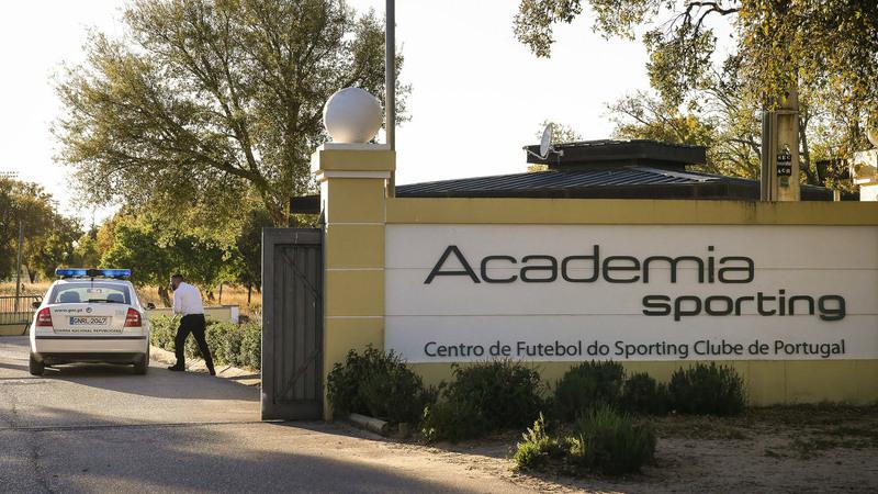 """Manuel Fernandes fala sobre o ataque à Academia: """"Como é que eles sabiam onde era o balneário?"""""""