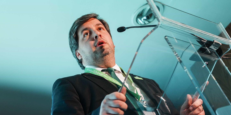"""Bruno de Carvalho reage à queixa-crime da qual é arguido: """"Notícia da treta que só serve para me tentar pôr ao nível dos treta-campeões"""""""