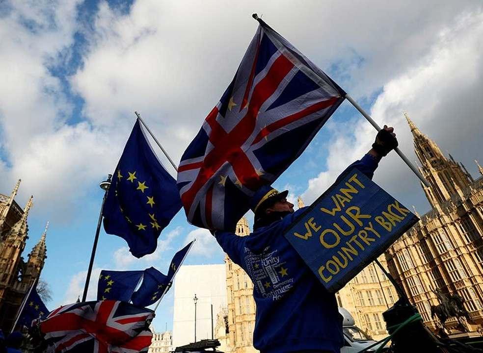 Brexit: como a negociação está a ganhar contornos de 'batalha campal' iminente