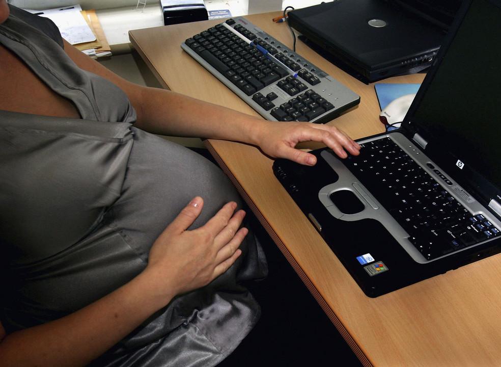 Uma grávida pode ser incluída num despedimento coletivo? Afinal pode, à luz das regras europeias