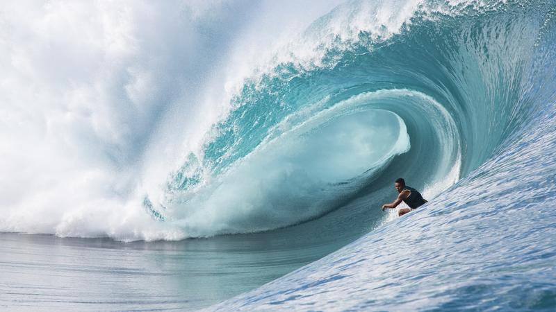 COVID-19: Polícia afasta surfistas do mar ao tiro na Costa Rica