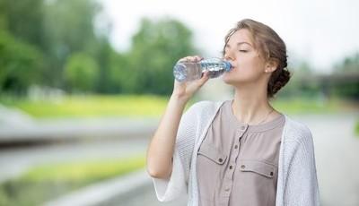 Não bebo água. E agora?