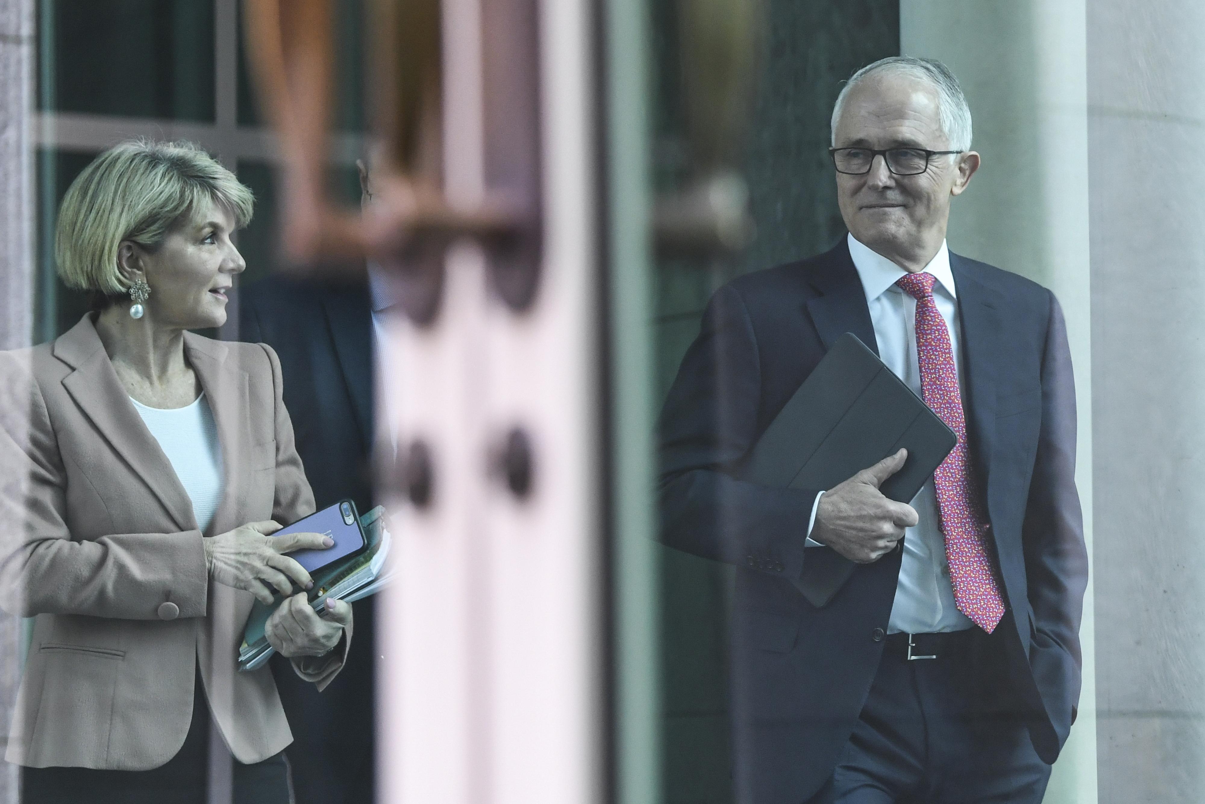 Primeiro-ministro australiano vence votação para manter chefia do Governo