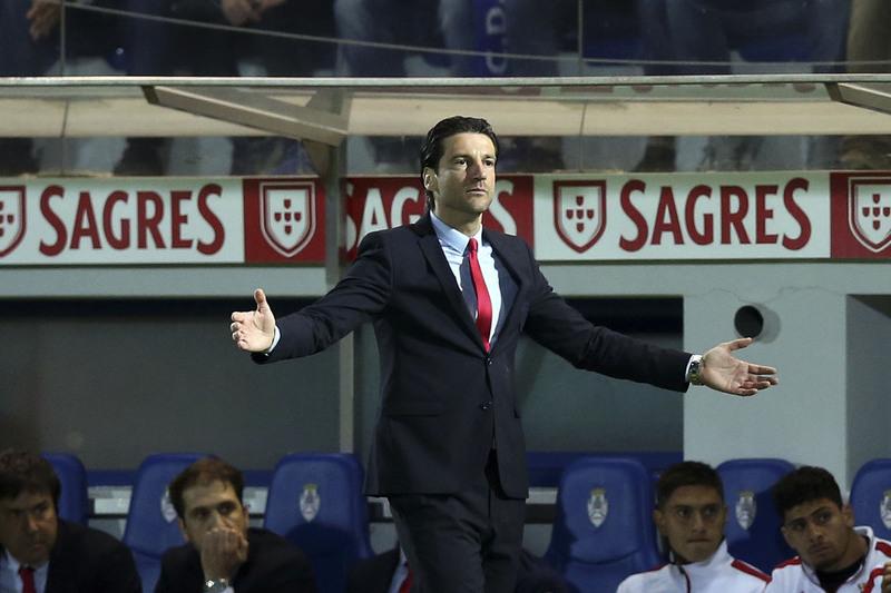"""Jorge Simão: """"Sendo impossível os 65 pontos, pus lugar à disposição"""""""