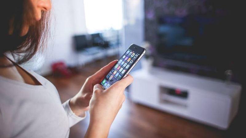 Maioria das pessoas desconhece efeitos da exposição visual prolongada a dispositivos digitais