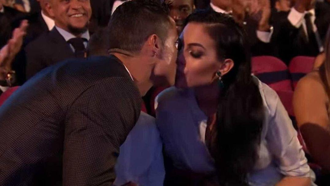 Ronaldo e Georgina em noite romântica