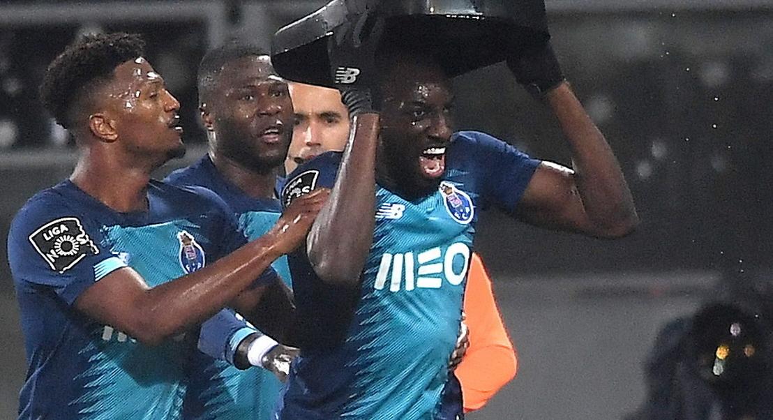 Marcelo e Costa condenam insultos racistas a Marega