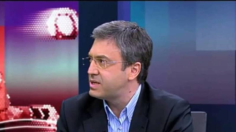 Mais uma mudança na TV: Jornalista Carlos Daniel troca RTP por novo canal da FPF