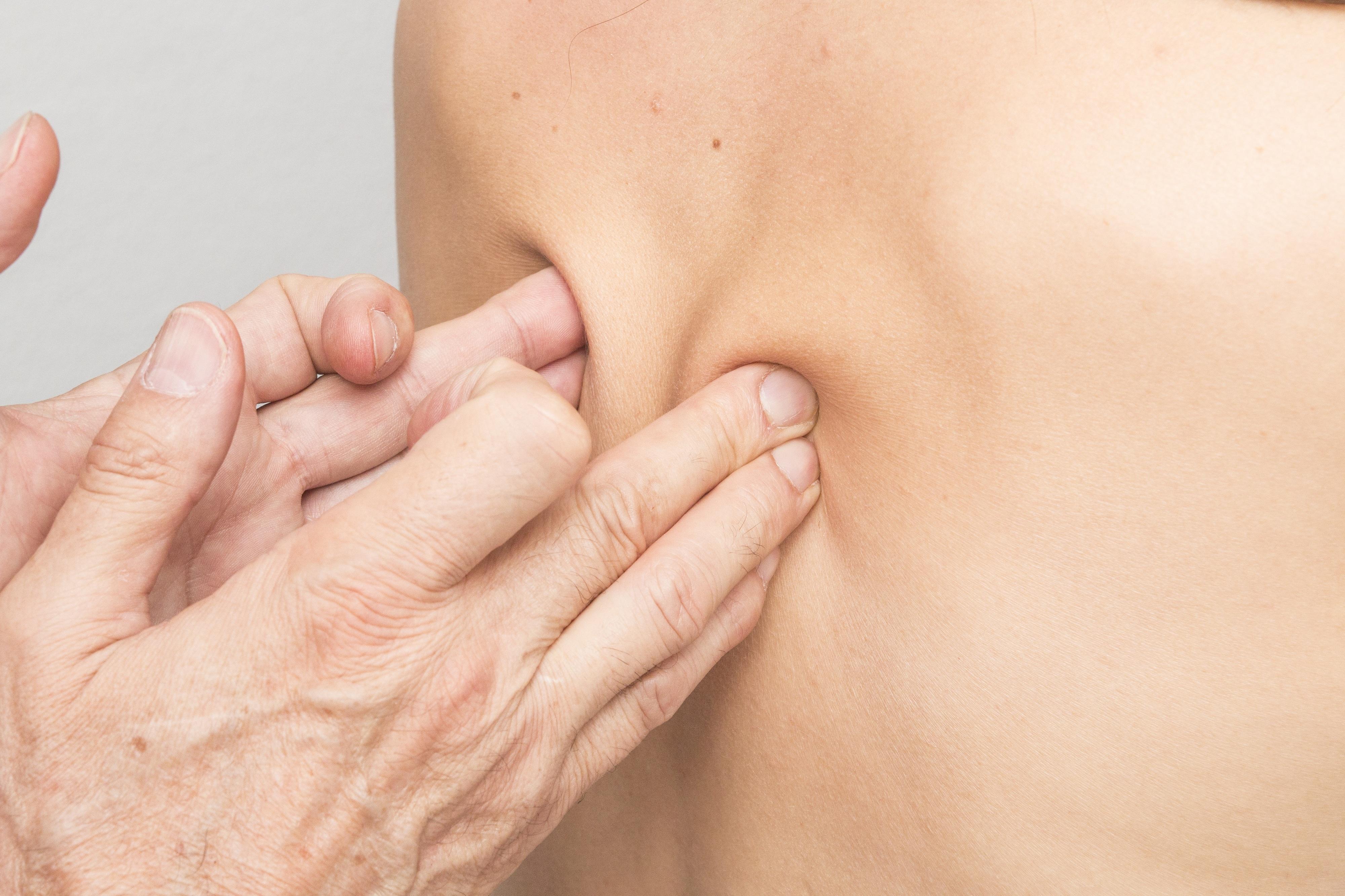 Desvalorizar a dor nas costas pode levar a incapacidade crónica, alerta médico