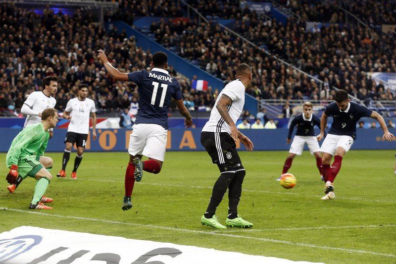França defronta Camarões e Escócia antes do Euro