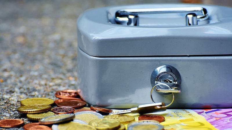 Os sete lugares onde não deve esconder dinheiro em casa