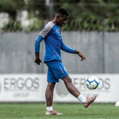 Renyer Oliveira nas contas do Benfica