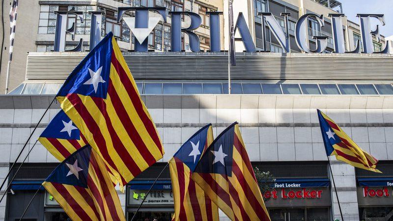 Cerca de 1.300 empresas tiraram a sede da Catalunha