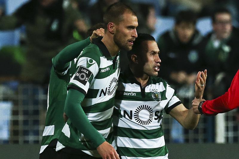 Sporting vai tentar reduzir distâncias para os rivais