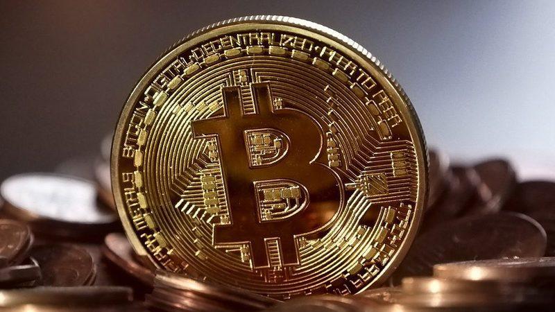 Depois da subida astronómica, bitcoin literalmente chega ao espaço