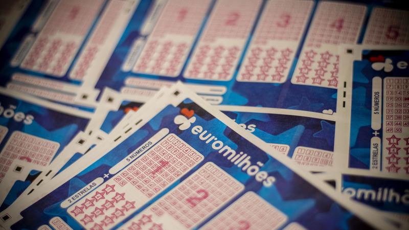 Euromilhões: segundo prémio foi para três portugueses. Confira aqui os números da chave