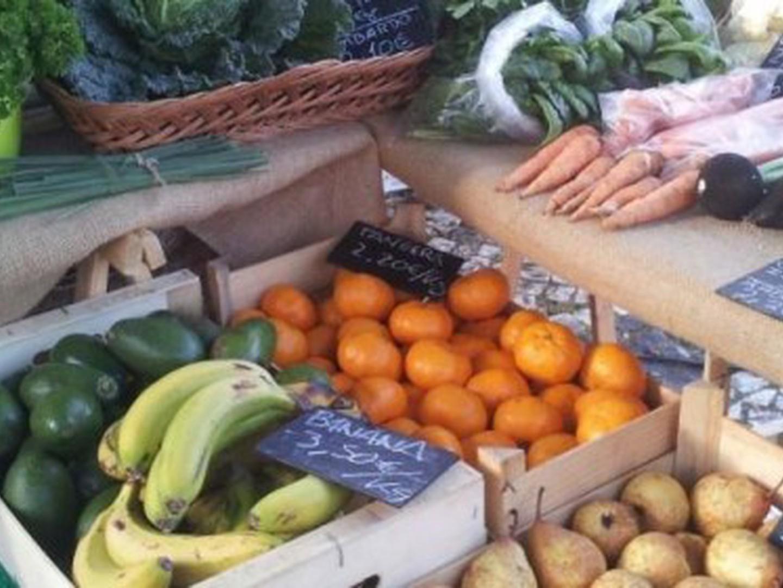 """Cada vez mais portugueses procuram """"comida sem veneno"""". Falta torná-la mais barata e acessível"""