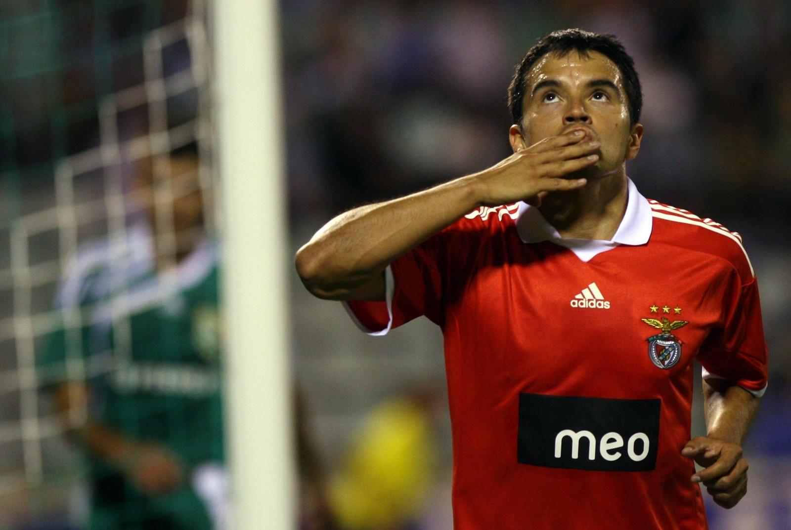 """Saviola: """"O clube que mais me surpreendeu na Europa foi o Benfica"""""""