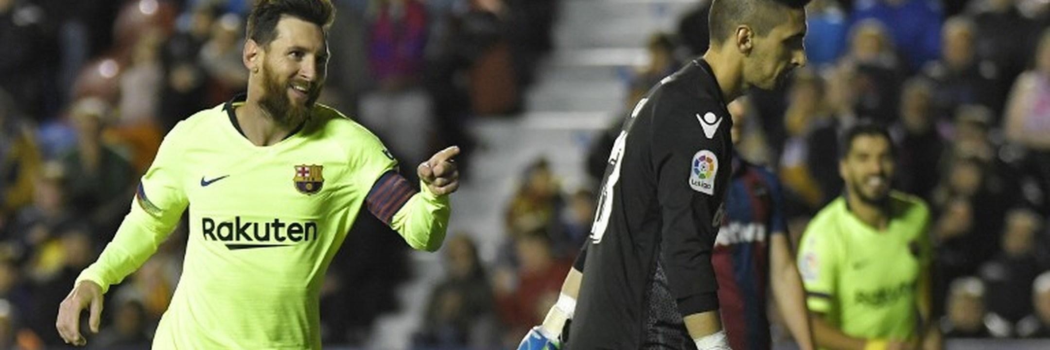 Messi 'arrasa' Levante e mantém FC Barcelona líder isolado em Espanha