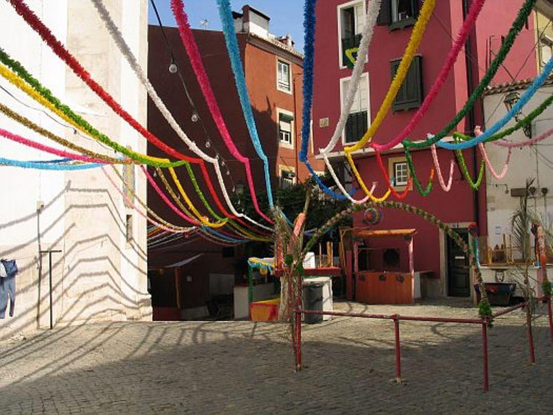 Lisboa: Junta de Santo António quer que apenas moradores estacionem na zona