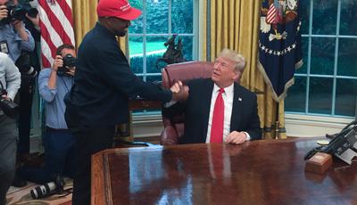 Kanye West mostra pin do telemóvel durante conversa com Trump: PSP deixa aviso nas redes sociais