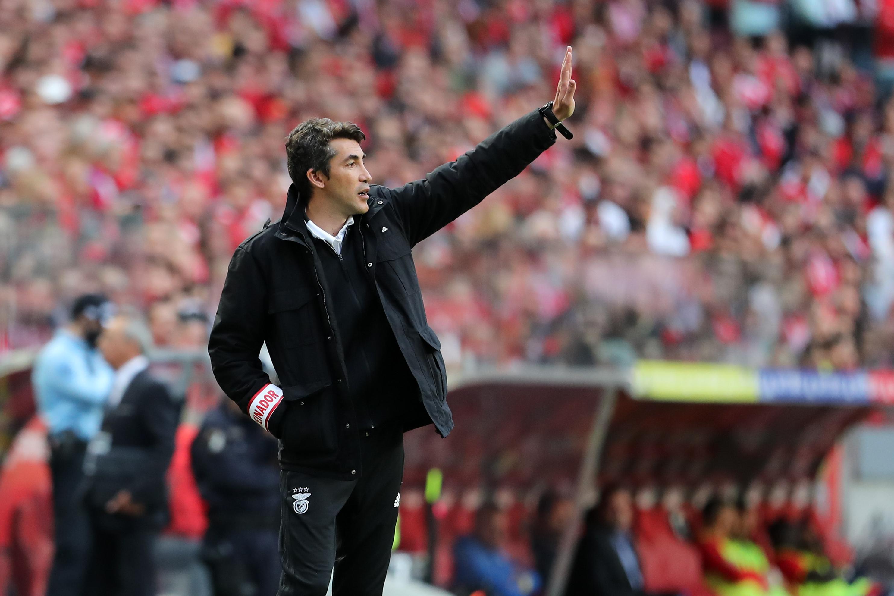 """Lage: """"O que diziam quando o Benfica esteve a sete pontos? Ainda mais quando chegou o treinador da equipa B"""""""
