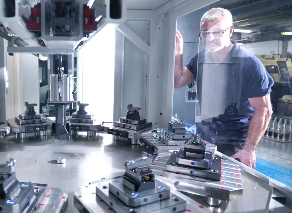 Inteligência artificial vai roubar empregos? O futuro pode não ser tão negro