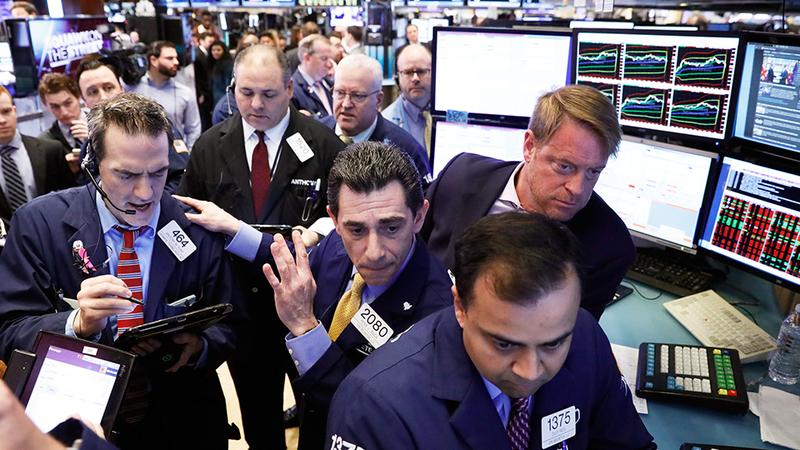 Estímulos económicos na China e na Alemanha 'dão asas' a Wall Street