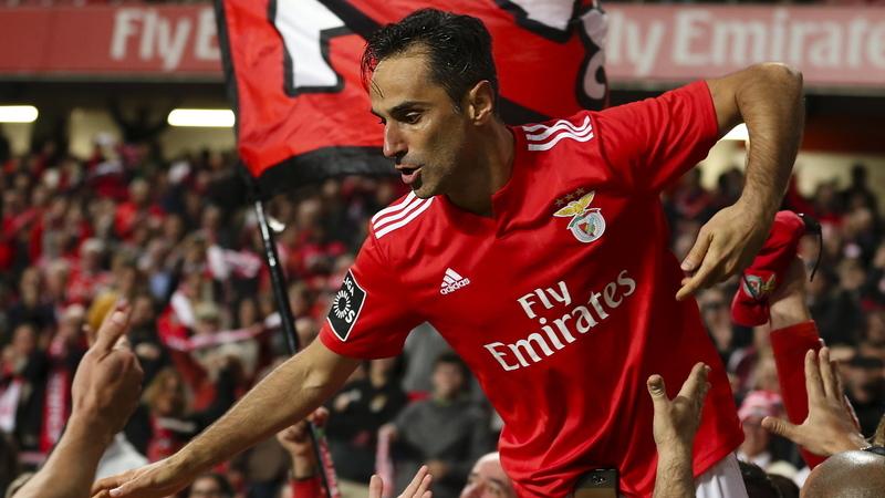 Fejsa e Jonas estão de regresso aos convocados do Benfica
