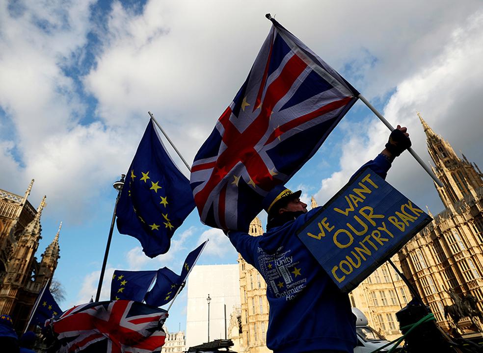 Respostas rápidas. Já há acordo pós-Brexit entre Reino Unido e UE. E agora?